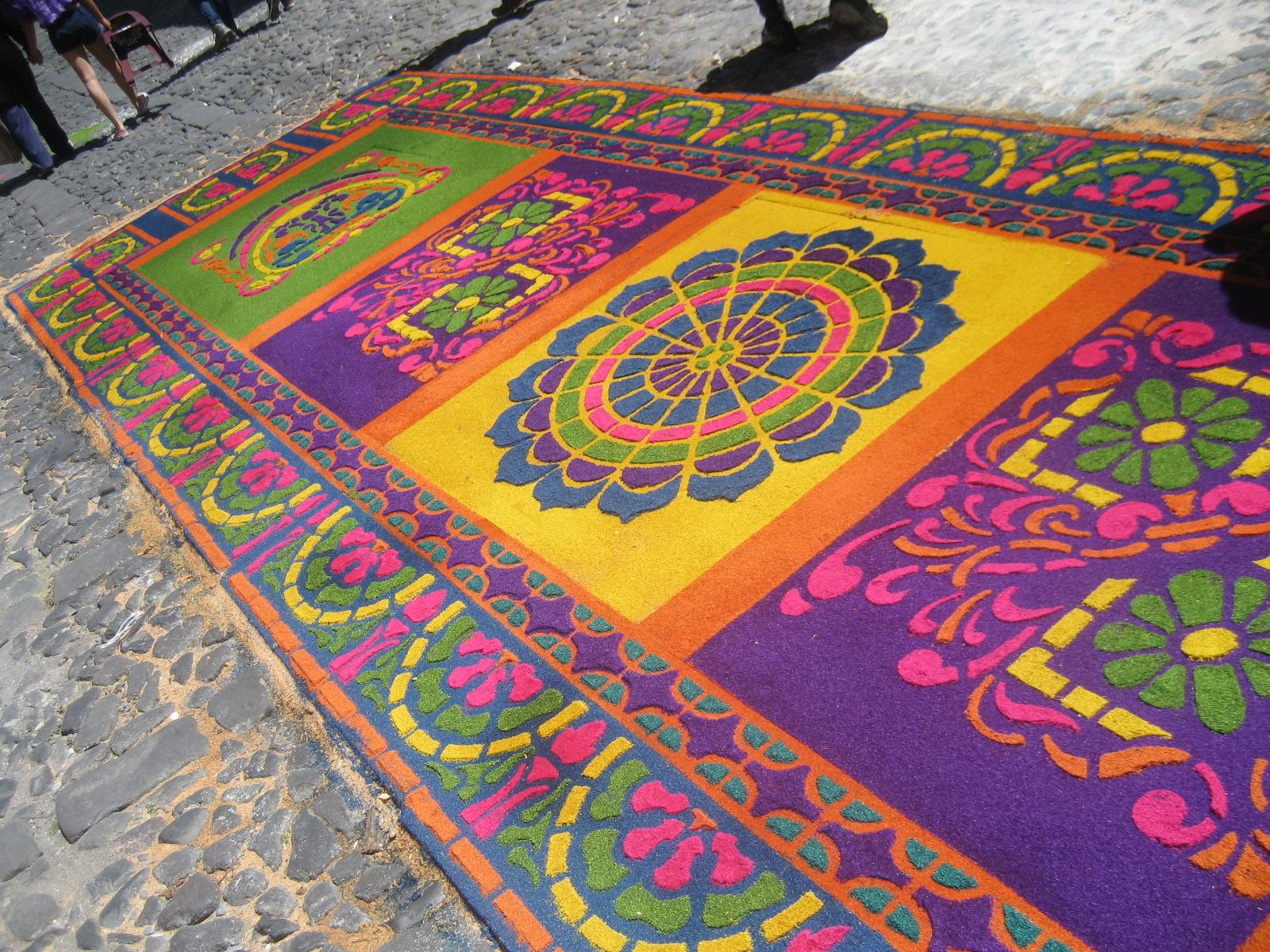 Una alfombra para la virgen del carmen de santa teresa for El paraiso de las alfombras
